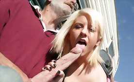 Hot Blonde Babe Fucks Geezer Outdoors!
