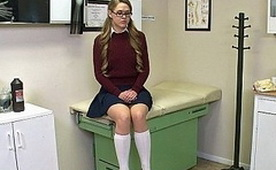 Terapy for 18 years old Schoolgirl from Fake Doctor!