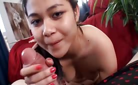 Amateur Asian Teen is Hungry for Tourists Dick